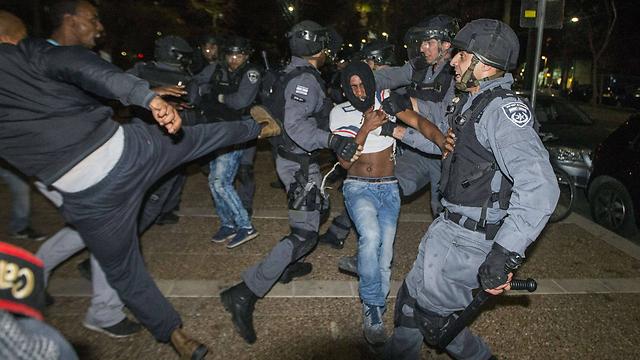 """אפליית האוכלוסיה האתיופית ע""""י משטרת ישראל."""