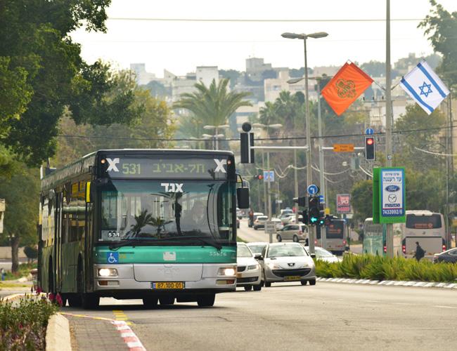 תחבורה ציבורית בשבת בערים בעלות רוב חילוני